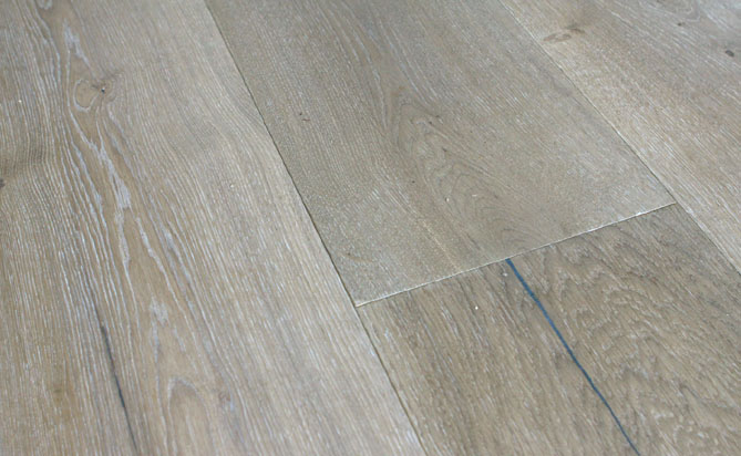 3 layer wire brushed oak flooring