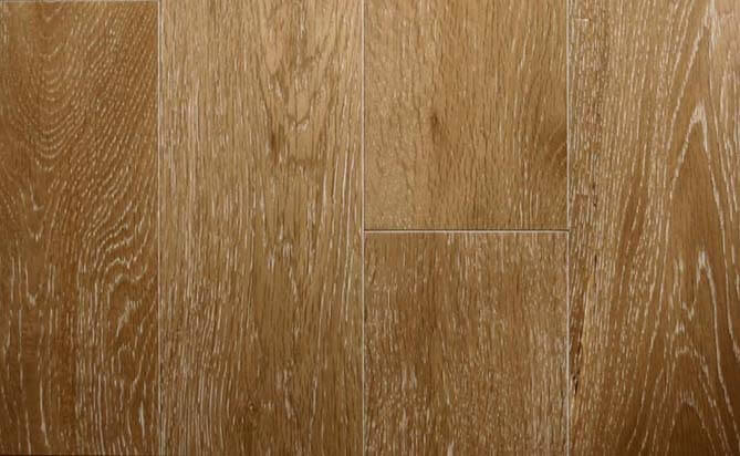 Brushed solid natural oak lacquered wood flooring