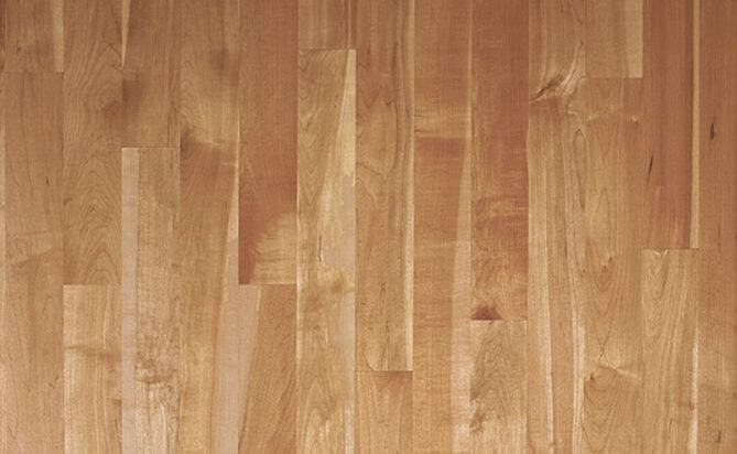 China Maple Solid Wood Flooring