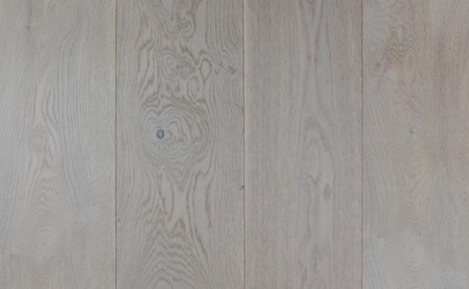 invisible lacquered European oak flooring