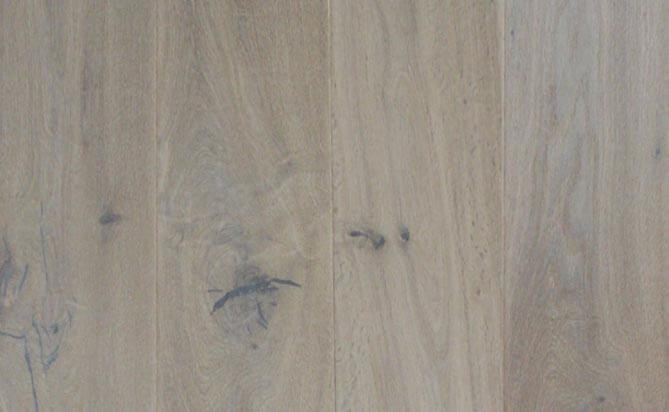 invisible lacquered floating Russian oak floor